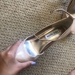 Steve Madden Shoes - nude steve madden heels